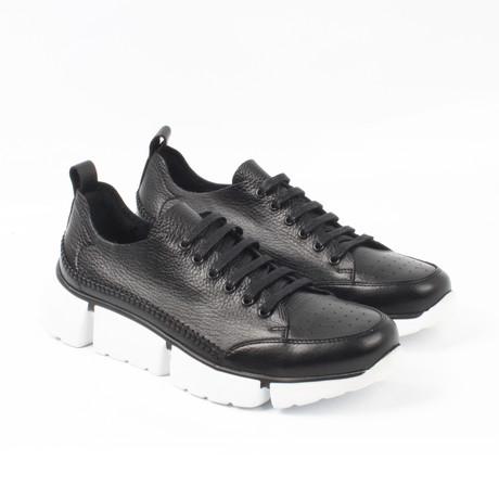 Jose Sneakers // Black (Euro: 40)