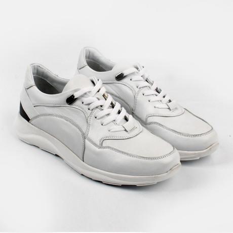 Milton Sneakers // White (Euro: 40)