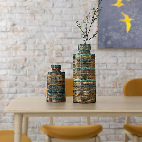 Makari Vase (Small)