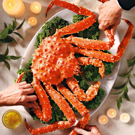Whole Cooked Alaskan Red King Crab