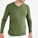 Amazon V-Neck Long Sleeve T-Shirt // Green (S)