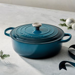 Signature Round Wide Oven + SS Knob // 6.75 qt. // Deep Teal