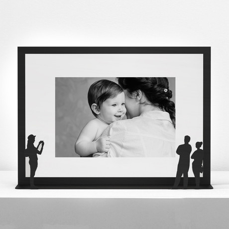 Work of Art Photo Frame // Couple + Photographer