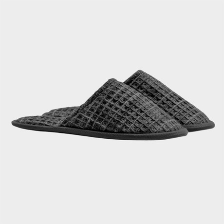 Casamera Slippers // Charcoal (S)