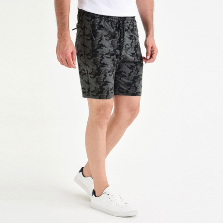 Laurence Short // Anthracite (XS)