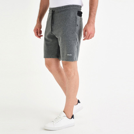 Tomas Short // Anthracite (XS)