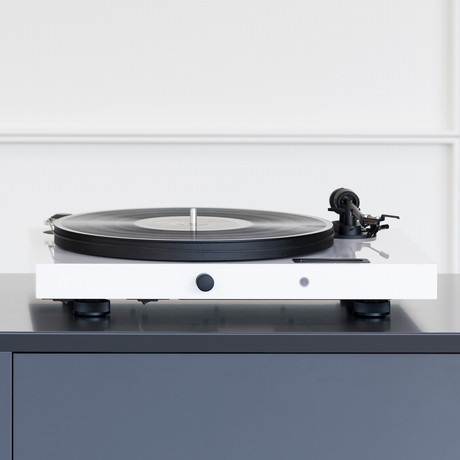 Juke Box E Turntable (Gloss Black)