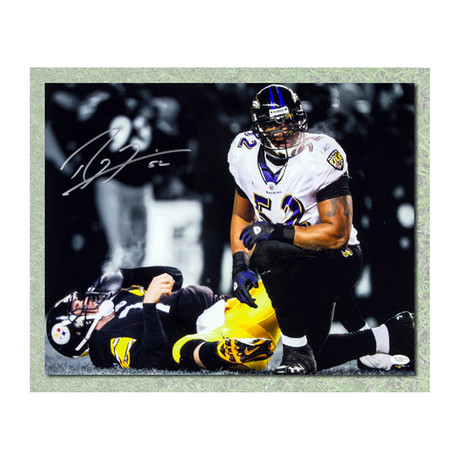 Ray Lewis // Baltimore Ravens // Autographed Photo