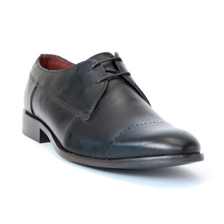 Pinello Shoe // Black (Euro: 37)