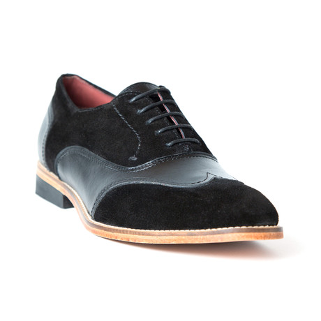 Gamuzon Shoe // Black (Euro: 37)