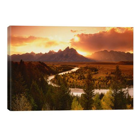 Sunset Over Teton Range With Snake River In The Foreground, Grand Teton National Park, Wyoming, USA // Adam Jones
