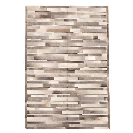 Cowhide Patchwork // Light Gray // 6'W x 9'L