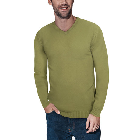 Slim V-Neck Sweater // Heather Lime (S)