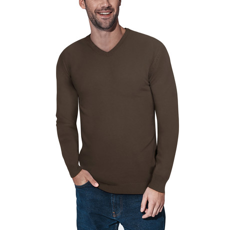 Slim V-Neck Sweater // Dark Brown (S)