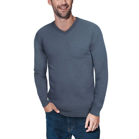 Slim V-Neck Sweater // Heather Slate (S)