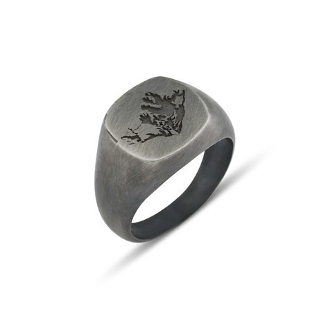 Embossed Ring (Size: 8)