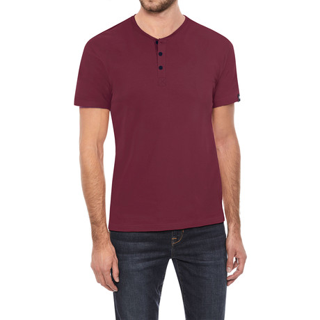Super Soft Stretch Henley // Cranberry (S)