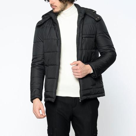 Robin Coat // Black (Small)