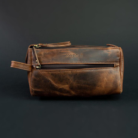 Leather Toiletry // Dark Walnut