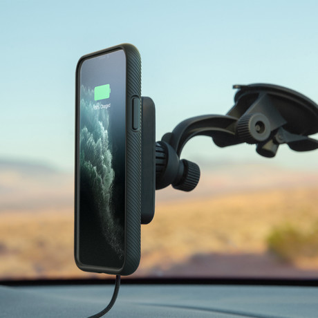 Magnetic Charging Case // Black (iPhone Xs)