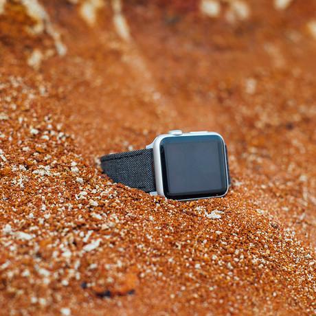 Cambridge VII Collection // Apple Watch // Medium Brown Sharkskin (38mm/40mm)