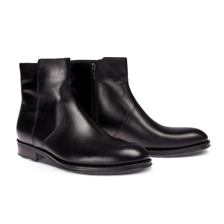 Zach Boot // Black (Euro: 40)
