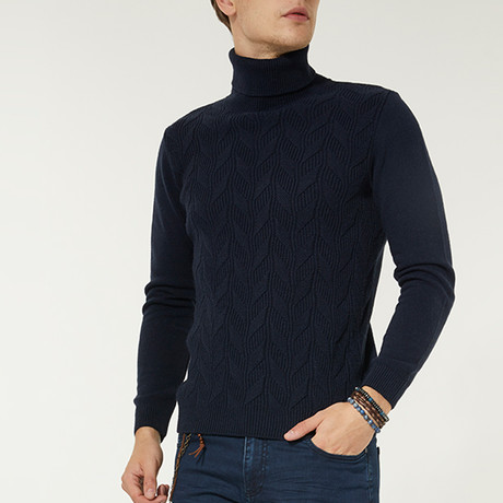 Wool Blend Cable Knit Turtleneck Sweater // Navy Blue (XS)