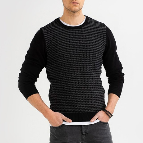Narrow Cable Knit Sweater // Black (XS)