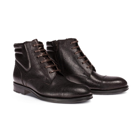 Theo Boot // Brown (Euro: 40)