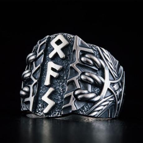 Scandinavian Runes Ring // Silver (6)