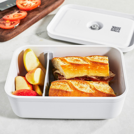 Plastic Lunch Box Vacuum Container (Medium)