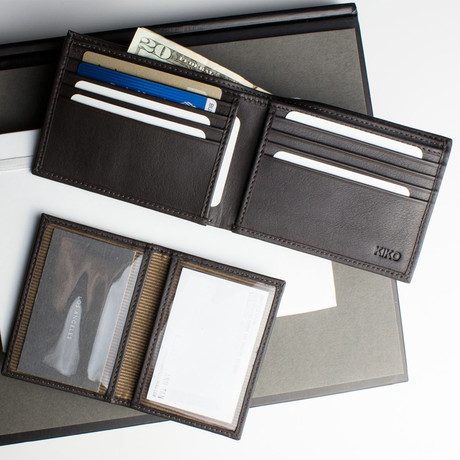Traditional Bifold Wallet // Brown