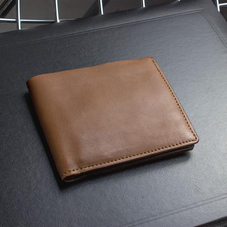 Double Bill Fold // Brown