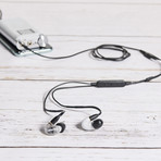 AONIC 4 // Sound Isolating Earphones (Gray + Black)