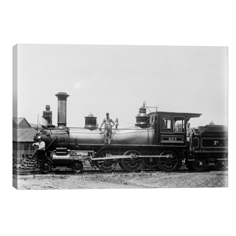 1900s Three Men Workers Standing On Train Steam Engine // Vintage Images