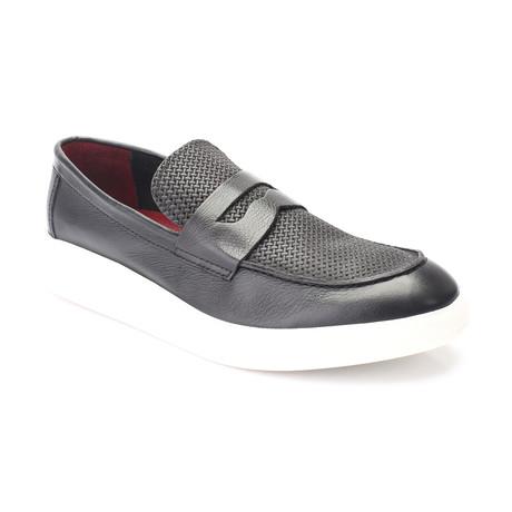 Ahuse Shoe // Black (Euro: 39)
