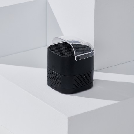 LUFT Cube // Portable + Filterless Air Purifier // Just Black