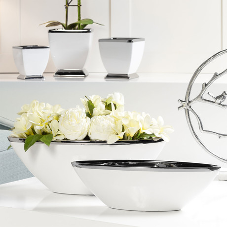 "Talia Silver Trim Ceramic Boat Bowl (15.5""Ø)"