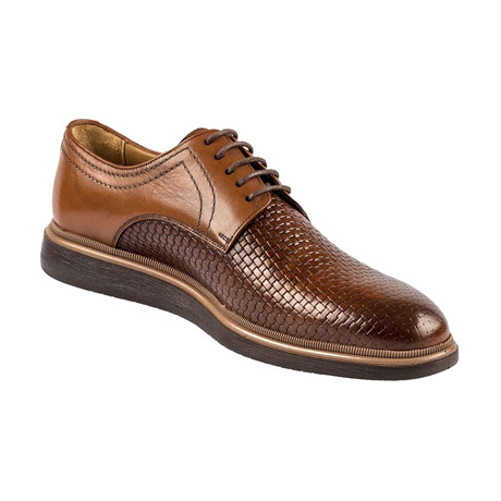 Dominic Shoe // Tobacco (Euro: 39)