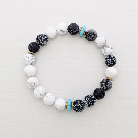 Weathered Agate + Howlite + Turquoise Bead Bracelet // Black + White + Blue