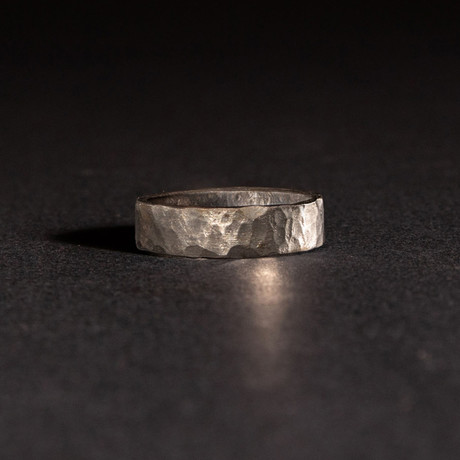 Shotgun Barrel Ring // Hammered Finish (Size 8)