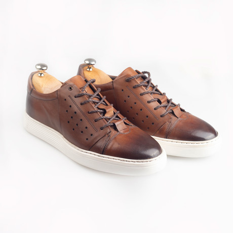 Leather Lace-Up Sneakers // Brown (Euro: 38)
