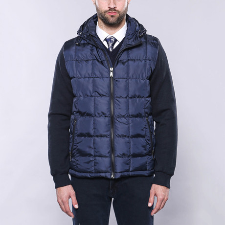 Hooded Slim-Fit Quilted Coat // Navy (Euro: 44)