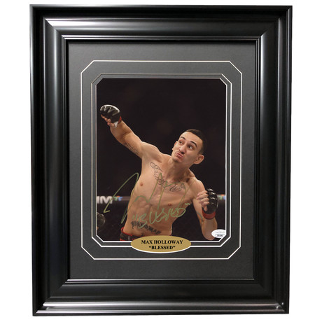 Max Holloway // Autographed + Framed Photo // Right Hook