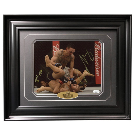 Max Holloway // Autographed + Framed Photo // Pin