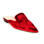 Mules // Red (Euro: 36.5)
