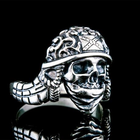 Helmet Skull Ring // Silver (6)