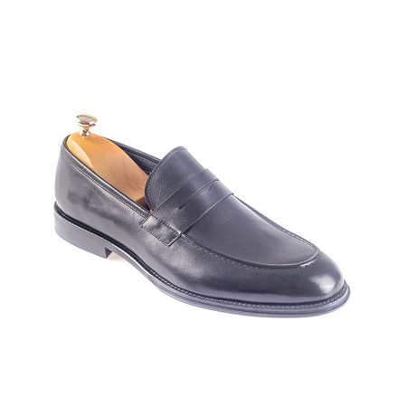 Guadalupe Loafer // Black (Euro: 38)