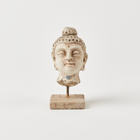 Indus Valley Head of Buddha // 4th - 5th Century AD