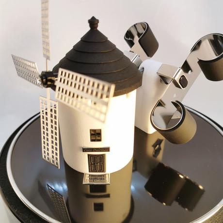 Spanish Windmill // Black + Chrome